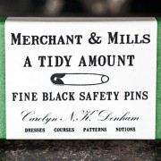 Safety Pins Black